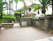 Laguna Showroom Outdoor Kitchen