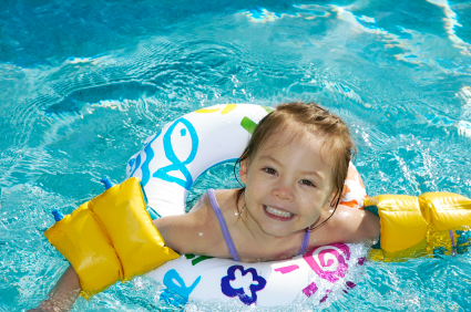 Water Wings, Floaties or Life Jackets? How do they compare?